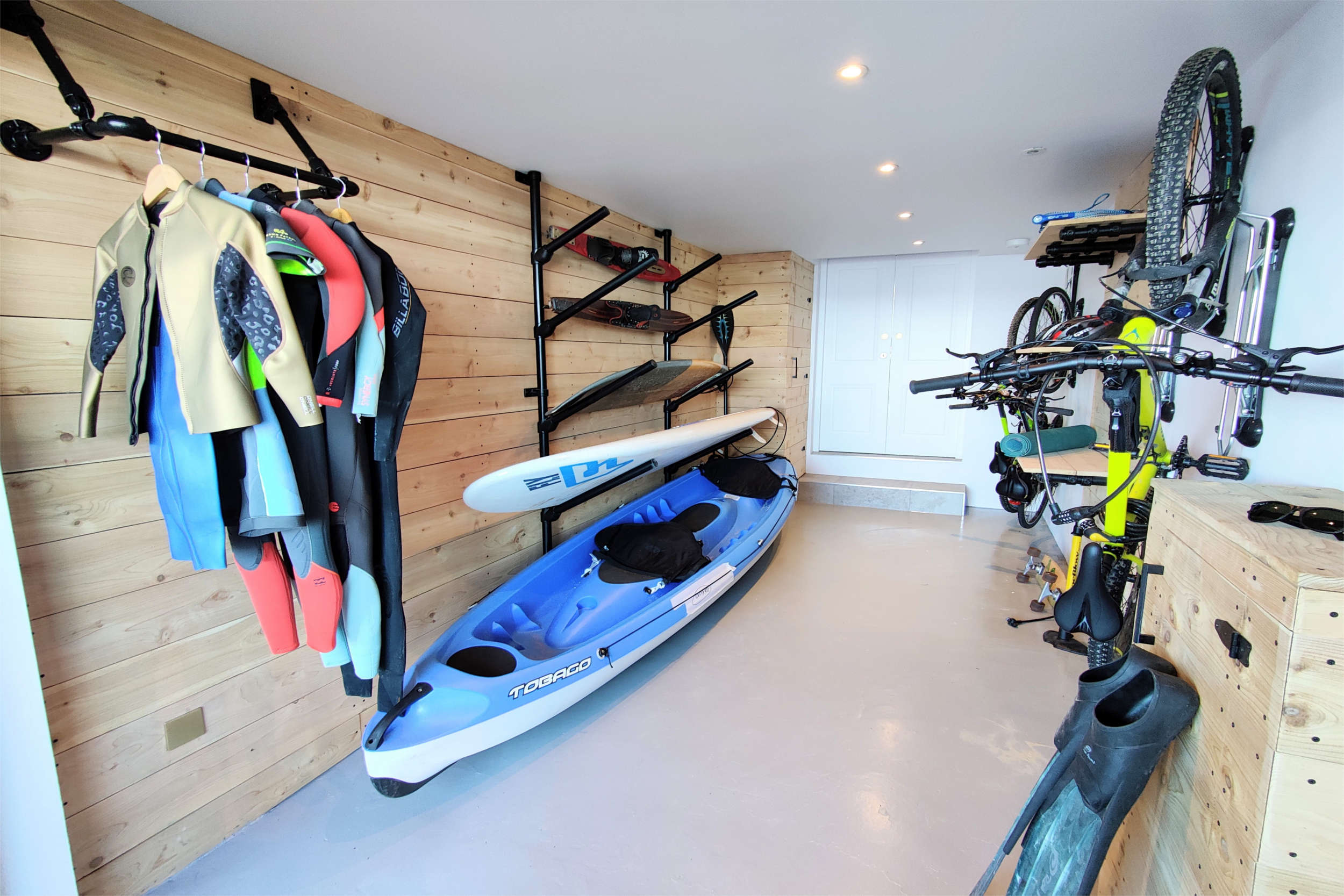 Cedar clad Board, Bike & Kit Store